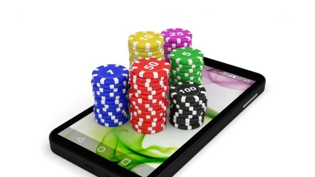 Advantages of Playing Online Casinos